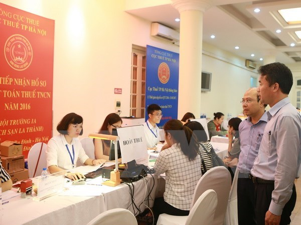 Hanoi's taxation agency shares policies with Japanese businesses hinh anh 1