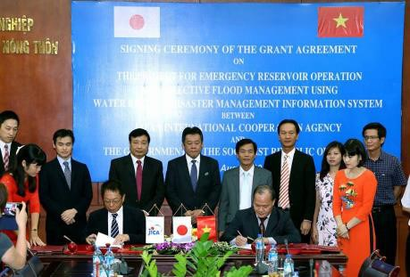 Japan helps operate reservoirs, manage floods hinh anh 1