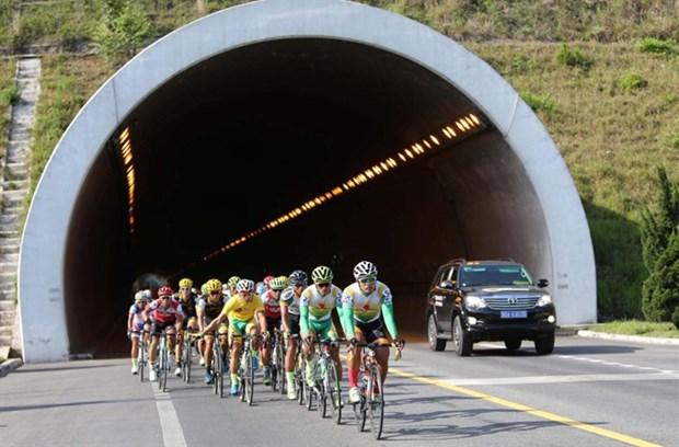 Ton Hoa Sen Cycling Cup to begin next month hinh anh 1