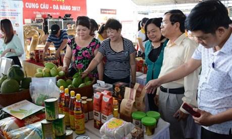 EWEC Trade, Investment, Tourism Fair opens in Da Nang hinh anh 1