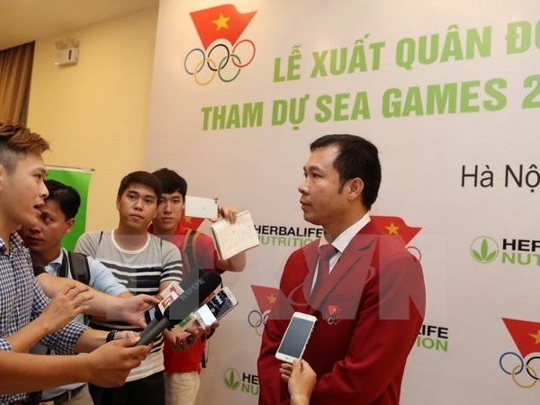 Sponsors promise awards for gold medalists at SEA Games 29 hinh anh 1