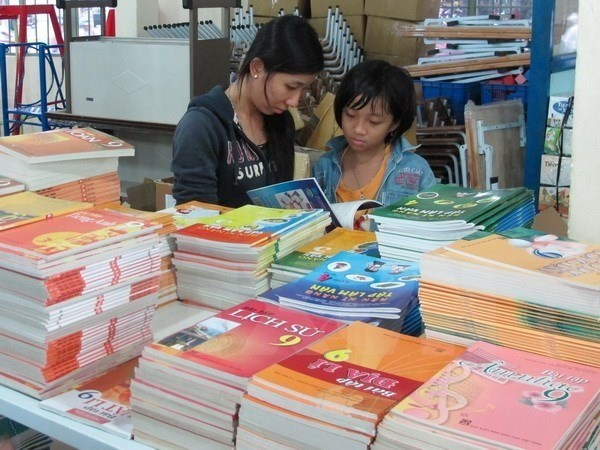 Over 100 million textbooks printed for school year hinh anh 1