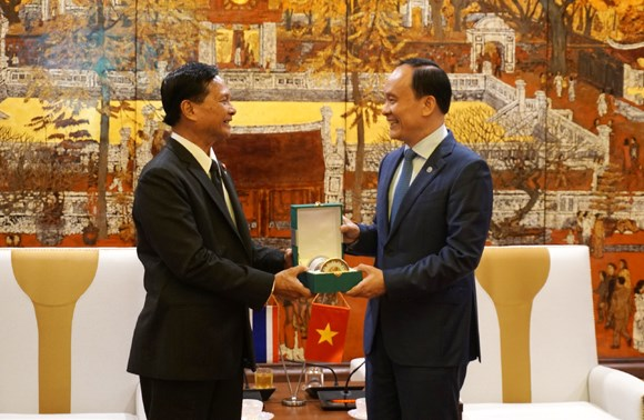 Vietnam's Hanoi, Thailand's Bangkok bolster ties hinh anh 1