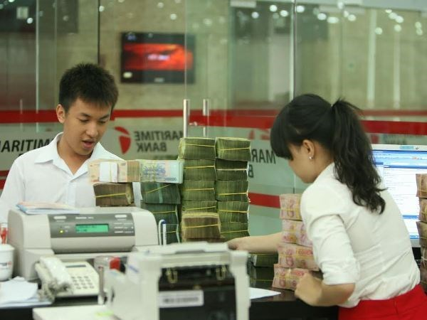 Lending interest rates dropped in July hinh anh 1