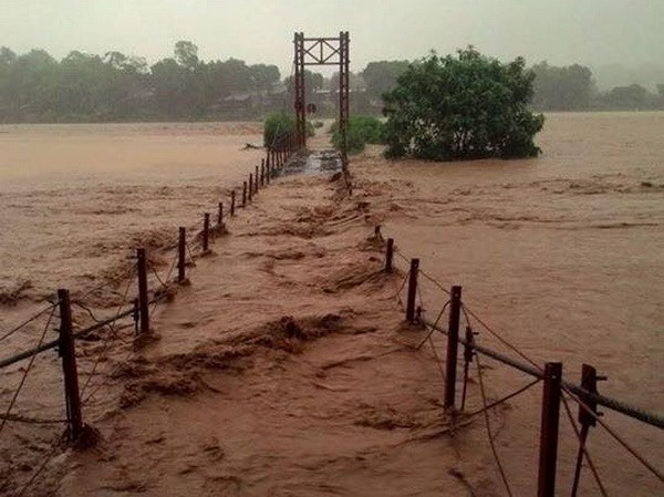 Flash floods sweep away three in northern Lao Cai province hinh anh 1