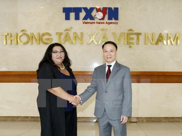Vietnam, Mongolia news agencies renew cooperation deal hinh anh 1