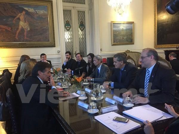 Argentina-Vietnam Friendship Parliamentarians' Group debuts hinh anh 1
