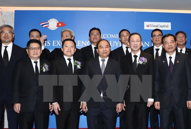 PM attends Vietnam-Thailand economic cooperation forum hinh anh 1