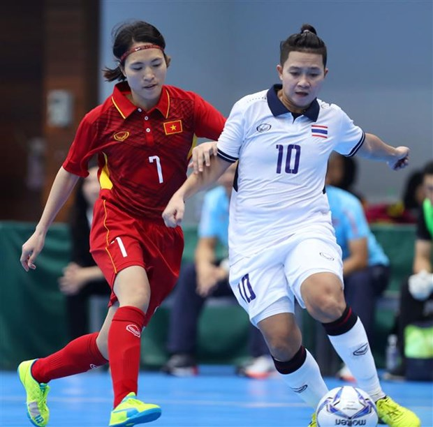 SEA Games 29: Vietnam lose to Thailand at first futsal match hinh anh 1