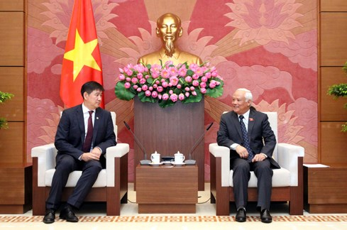 NA leader: Vietnam treasures relations with Mongolia hinh anh 1