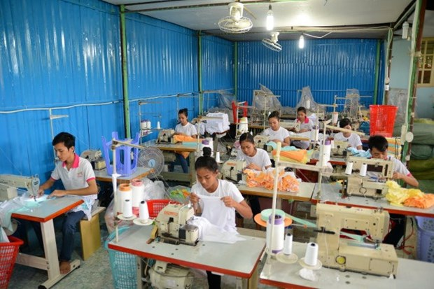 Banks loosen purse strings for small businesses hinh anh 1