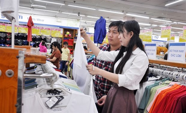 HCM City's annual retail promotion month gets bigger hinh anh 1