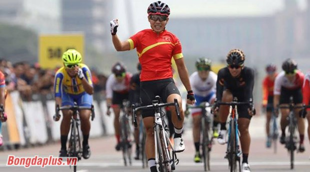 SEA Games 29: Cyclist Nguyen Thi That wins 6th gold for Vietnam hinh anh 1