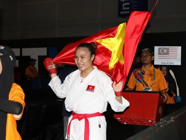 SEA Games 29: Karate athlete brings home gold hinh anh 1