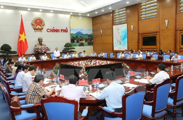 Deputy PM directs marine incident recovery efforts in four provinces hinh anh 1