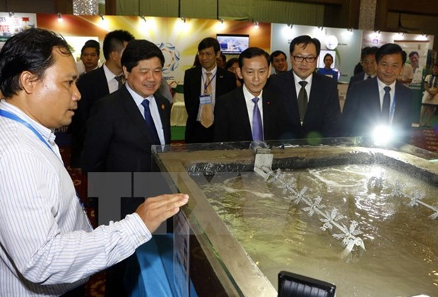 APEC exhibition on agriculture opens in Can Tho hinh anh 1