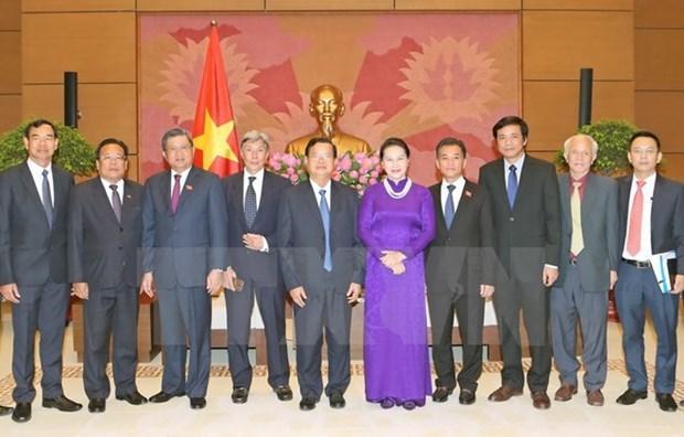 NA Chairwoman Nguyen Thi Kim Ngan receives Lao officials hinh anh 1