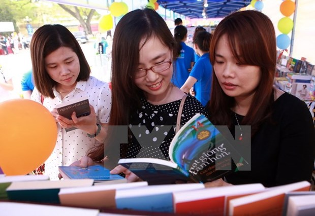 Vietnam int'l book fair opens in Hanoi hinh anh 1