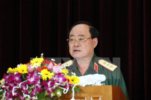 Vietnamese, Lao army logistics departments boost ties hinh anh 1