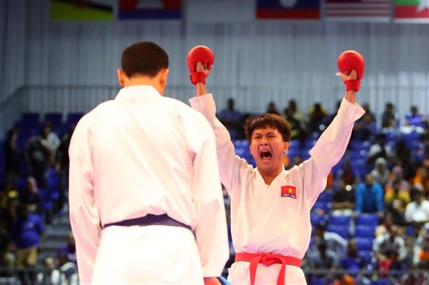 SEA Games 29: Karate, athletics add golds for Vietnam hinh anh 1