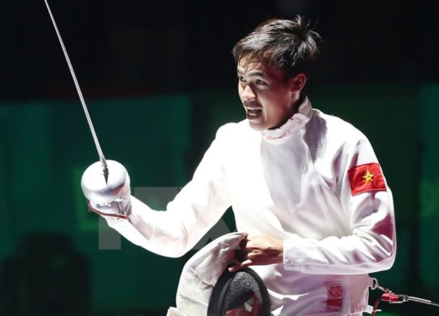 SEA Games 29: more gold medals in fencing, athletics and karate hinh anh 1