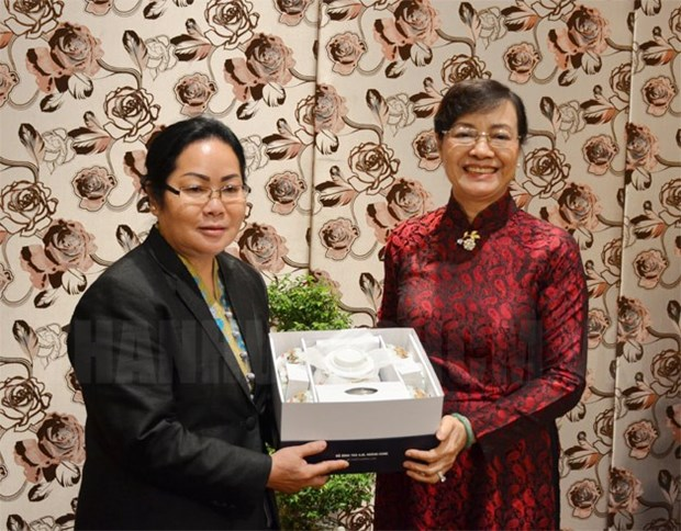 HCM City, Lao province boost cooperation hinh anh 1