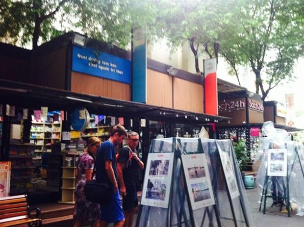 Photo exhibition on Saigon history hinh anh 1
