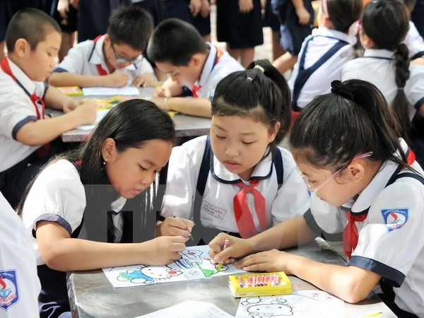 Educators seek more time to implement education reforms hinh anh 1