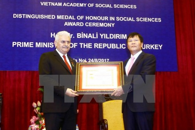 Turkish PM hailed for supporting social science ties with Vietnam hinh anh 1
