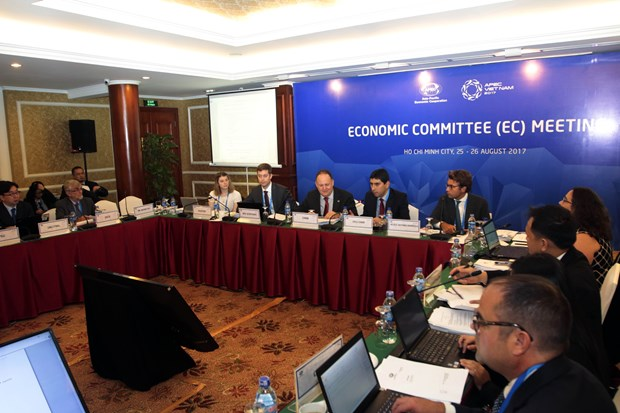 APEC Economic Committee meets to promote economic growth hinh anh 1