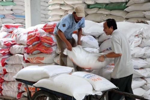 Laos' rice exports drops 42 percent in first half hinh anh 1