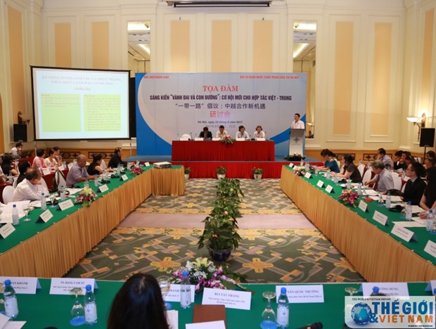 Vietnam, China discuss Belt and Road Initiative hinh anh 1