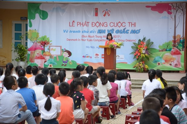 Painting contest promotes Vietnam-Denmark friendship hinh anh 1
