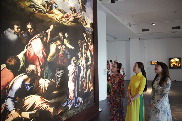 Raffaello masterpieces showcased in Ho Chi Minh City hinh anh 1
