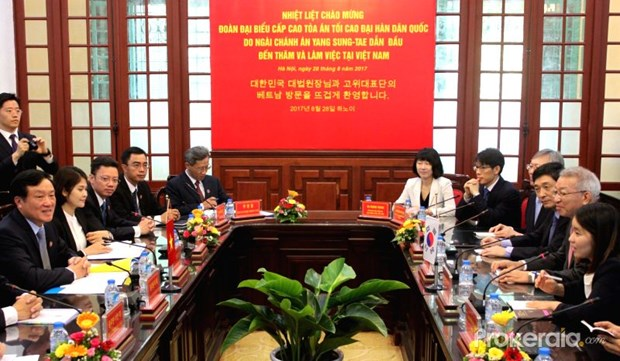 Vietnam, RoK supreme courts enhance cooperation hinh anh 1