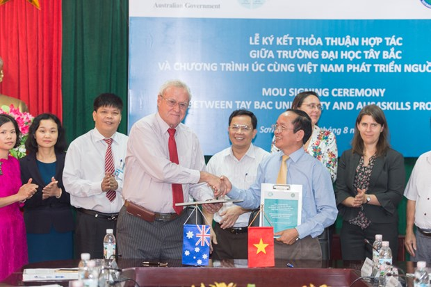 Australia supports manpower training at Tay Bac University hinh anh 1