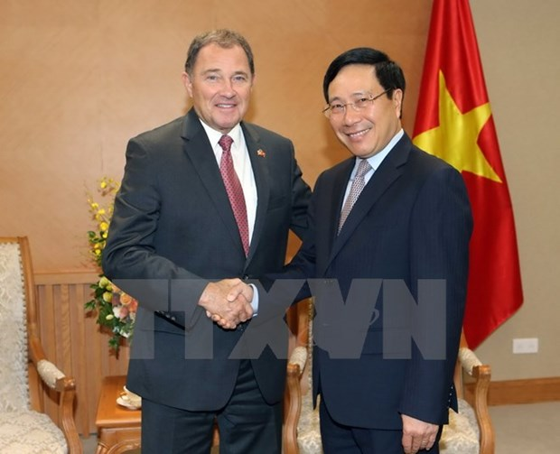 Deputy PM asks US state to increase investment in Vietnam hinh anh 1