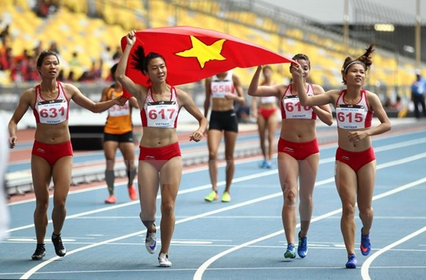 SEA Games 29: Vietnam at top in athletics hinh anh 1