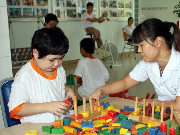 Vietnam Red Cross Society supports AO victims hinh anh 1