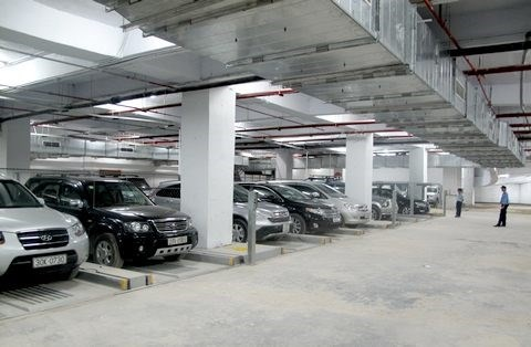 Hanoi tackles parking space shortage hinh anh 1