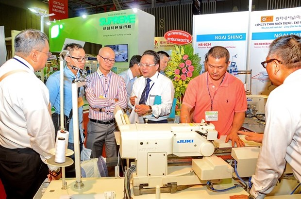 Advanced machines to be on show at annual textile industry expo hinh anh 1