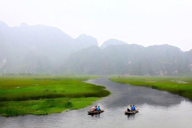 Van Long Lagoon a must-see destination in Ninh Binh hinh anh 1