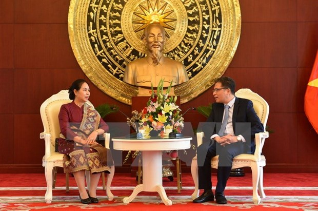 Laos congratulates Vietnam on 72nd anniversary of National Day hinh anh 1