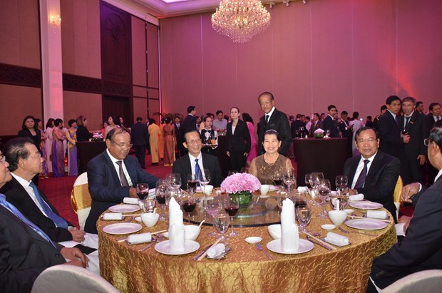 Vietnam-Cambodia cooperation attainments highlighted hinh anh 1