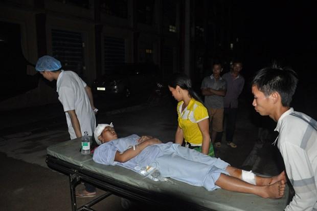 Two died, seven injured in northern landslide hinh anh 1
