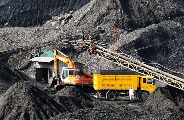 Vinacomin mines 24.58 million tonnes of coal in 8 months hinh anh 1