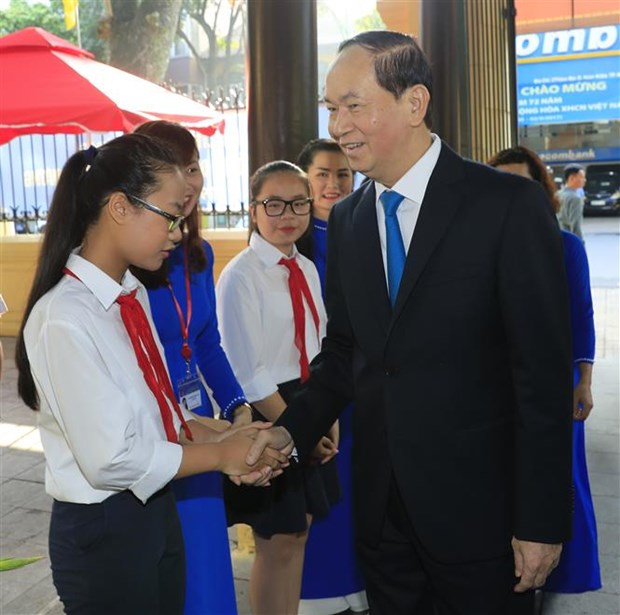 20 million Vietnamese students embark on new academic year hinh anh 2