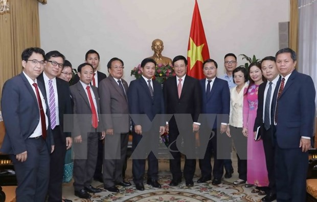 Deputy PM receives Lao youth union delegation hinh anh 1