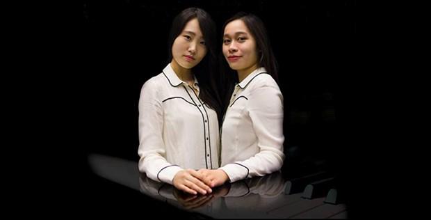 Vietnam-Korea piano duo take stage in Hanoi, HCM City hinh anh 1
