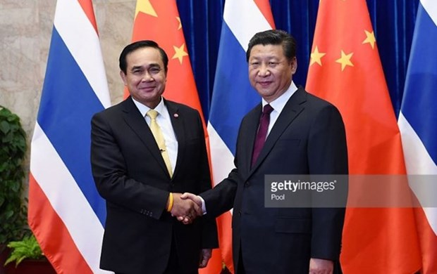 Thai, Chinese leaders vow to bolster bilateral cooperation hinh anh 1